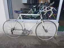 Superbe Vélo de course route 700 PEUGEOT PA10 Idéale Mafac Simplex Huret Lyotard