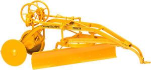Caterpillar No. 1 Terracer Grader - Yellow - SpecCast 1:16 Scale #CUST1106 New!
