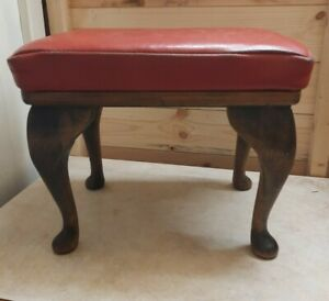 OLD / VINTAGE LEATHER FOOT STOOL IN NEED OF TLC WITH COVER