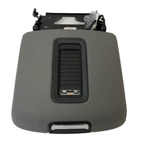 Chevrolet GMC Gray Center Console 15-19 Armrest Lid w/Charger