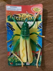 1994 Toy Major Plastic Giant Insect Bug Grasshopper Cricket Figure Insect Toy