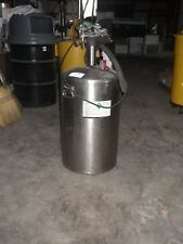 Liquid Nitrogen Storage Container