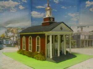 HO scale building Church lightly weathered & detailed w/light