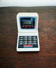 Taille Crayon Calculatrice / Horloge , Computerized Calculator SHARPENER 831