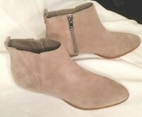 NEW W/O BOX!  Women's Size 7.5M IVANKA TRUMP Suede Leather Chelsea Bootie-Taupe