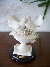 "G.Armani Figure Figurine Statue Sculpture ""Little Doves on Flowers"", Italy"