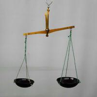 Antike Feingoldwaage aus Messing mit Bakelitschalen, Gewichte in original Holz-A