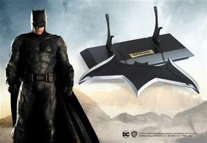 DC JUSTICE LEAGUE BATMAN DARK Knight BATARANG 1:1 PROP REPLICA Statue Superman