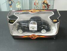 Motormax American Graffiti '39 Chevy Coupe Highway Patrol 1:24 Scale