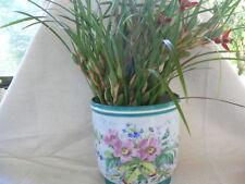 grand cache pot ancien en porcelaine à décor de fleur