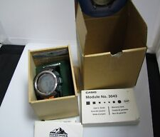 c856 Nice Casio Pathfinder Quartz Watch with Box and Papers