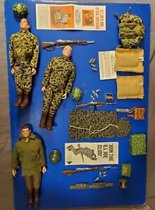 1965 GIJOE COMBAT MARINE DELUXE SET WITH EXTRAS WELL CARED FOR CONDITION.