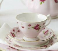 4 TEA CUPS & SAUCERS NEW Royal Albert PINK VINTAGE FORMAL New Country Roses