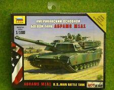 Zvezda Abrams M1A1 tanque de batalla principal de EE. UU. guerra caliente 1/100 escala 7405