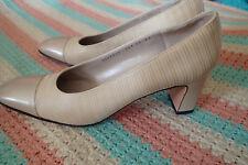 SALVATORE FERRAGAMO shoes SZ 10 aaaa,4a ,beige,s