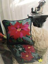 Carolyn Barrani's Needlework Tapis-Tree Poinsettia Mistletoe Christmas Holiday