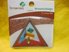 BROWNIE GIRL SCOUT LETTER BOXER BADGE # 61224