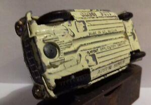 Corgi Toys 227 Mini Cooper Competition Model FACTORY ERROR, AUSTIN SEVEN BASE