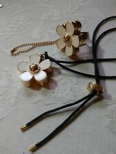 Marc Jacobs Daisy Flower Solid Perfume Goldtone Ring and Necklace