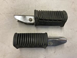 83 SUZUKI GS850  GL PASSENGER FOOT PEGs 43600-49402 43700-45350