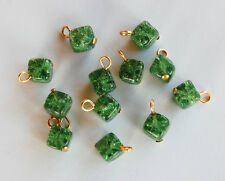 VINTAGE 12 WEST GERMAN GLASS BEADS EMERALD GREEN CRACKLE SQUARE 8mm PENDANTS