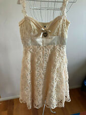 KITTEN D'AMOUR A MOMENT IN TIME WEDDING COLLECTION DRESS - SIZE 8 - OFF WHITE