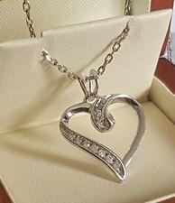 Impresionante oro Blanco y Diamante Colgante de Corazón por Michael Hill joyas 2.5 CMS