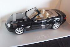 Maisto Mercedes-Benz SL-Class 1:18 black IAA 2001 (JvM)