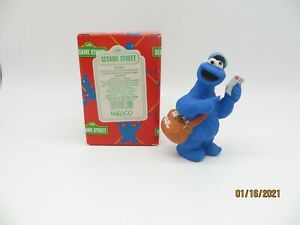 Enesco Sesame Street Cookie Monster as Mailman Figure