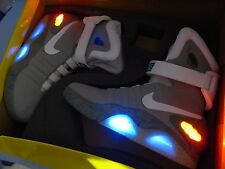 Nike Air MAG UK 7-Light Up-Ritorno al futuro-Boxed-MOLTO RARO Air Mags