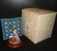 Amish Heritage Willits 30014 Caroline 1993 Figurine w Quilt Square 1st Ed Box