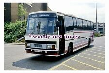 pu0393 - Globe of Barnsley Coach A908 LWU - photograph