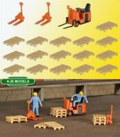 BNIB OO HO GAUGE KIBRI 38147 FORKLIFT AND PALLETS SET - KIT