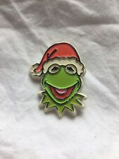Kermit the Frog Christmas 1979 santa hat Pin Vintage Muppets Jim Henson