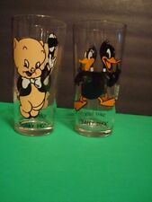 "Pair of Vintage 1973 Porky Pig & Daffy Duck 6 1/4"" Pepsi Warner Bros Glasses"