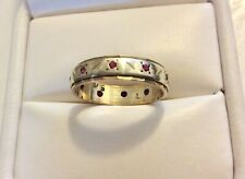 Lovely Ladies Early Vintage Two Coloured 9CT Gold Ruby Band Ring - M 1/2