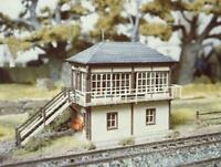 Ratio - 236 - N Gauge Midland Signal Box (no interior)