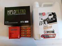 Kit entretien Suzuki GSF 600 Bandit 1995 à 1999 (filtres + bougies + huile)