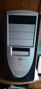 Windows 98 Desktop Computer