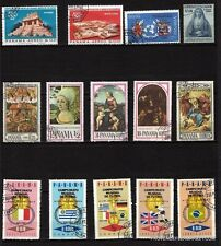 79T3  PANAMA 18 Timbres obliteres sujets divers