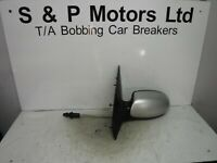 Ford Focus Mk1 98-04 NS Passenger Side Manual Wing Mirror Silver 3004533