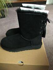 Ugg Women's Kristabelle short sheepskin/shearling boots black NEW sz 8