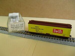 N Scale Kadee / Micro Trains  Swift Wood Side Meat Reefer, Vintage