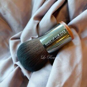 MAKE UP FOR EVER #124 Straight & Wavy Large Kabuki powder Brush *super soft