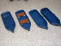 4 LEGO Dark Blue Row Boats With Oar Locks 2551 Pirate Imperial Castle