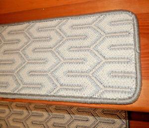 13 Step  9'' x  29'' +  1 Landing 27'' x 30''  Wool Woven Carpet Stair Treads.