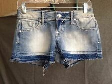 Bongo Low Rise Short Short Women's Jean Shorts Size 3 in Distressed Wash