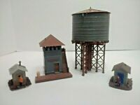 HO Scale LOT OF 4 RAILROAD BUILDINGS - Watch Tower/Water Tower/Sheds - Assembled