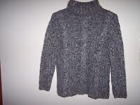 Dana Buchman Gray Sweater Medium Winter Long Sleeve Loose Turtleneck