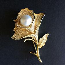 Amazing freshwater pearl flower Crystal  Brooch/Pendant Women Jewelry (Gold)